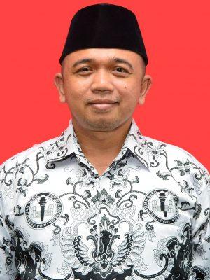 Ahmad Rais, SH., M.Kn